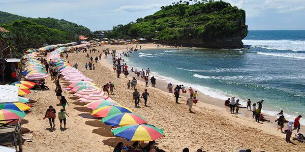 Wisata Tempik Gundul Di Gunung Kidul Yogyakarta