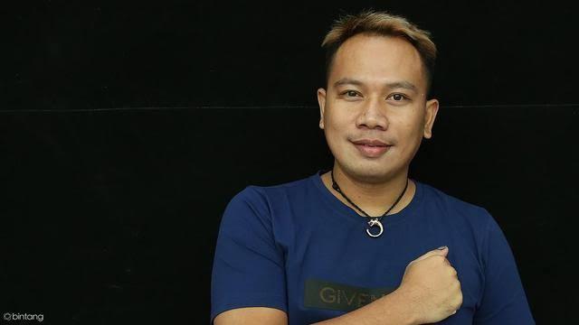 Senasib Dengan  Vicky Prasetyo Inilah Artis Yang Dipenjarakan Mantan Pasangannya
